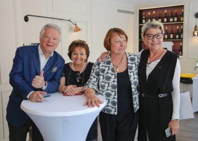 Gilles Pudlowski, Brigitte Schmitt, Sonia et Manou Massenez