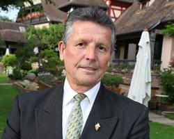 Serge DUBS