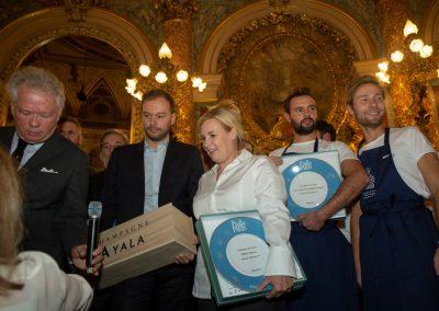 Trophée Champagne Ayala pour Hélène Darroze - Cuisinière de l'Année Pudlo Paris 2020