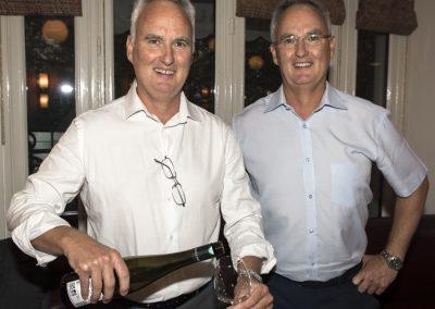 Service du vin du Domaine de Kirrenbourg (Kaysersberg) et le vin du domaine Boeckel (Mittelbergheim)