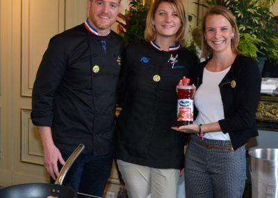 Saumon au coulis de cranberries Jonathan Buirette, Sophie Fernandez et Lara Klasvogtt