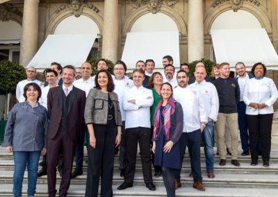 Groupe de chefs et Uzra Zeya