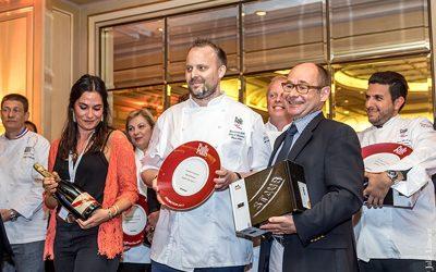 David Toutain Cuisinier de l'année, Emmanuel Dubs Zwilling, Akrame, David Bizet, sur la gauche Joel Defives, Agnes Benard et Dina Nikolaou