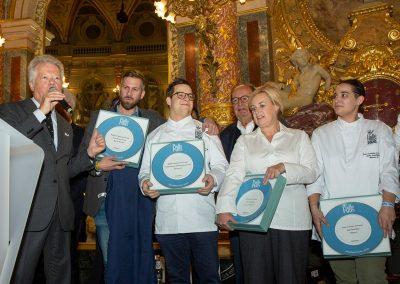 Les deux Rapport Qualité Prix de l'Année Pudlo Paris 2020 - Quedubon (Marc Antoine Surand) et Biscotte (Pauline Moreau et Maximilien Jancourt)