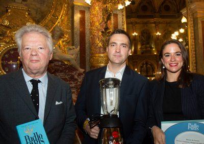 Trophée Eberhardt Frères (robot blender de la gamme Rotor) pour le Bistrot de l'Année, Aux Crus de Bourgogne, avec Hervé Hubert