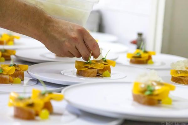 une expérience unique avec un chef privé à domicile - chef étoilés, meilleurs ouvriers de france, chefs pâtissier, bistronomie, street food.