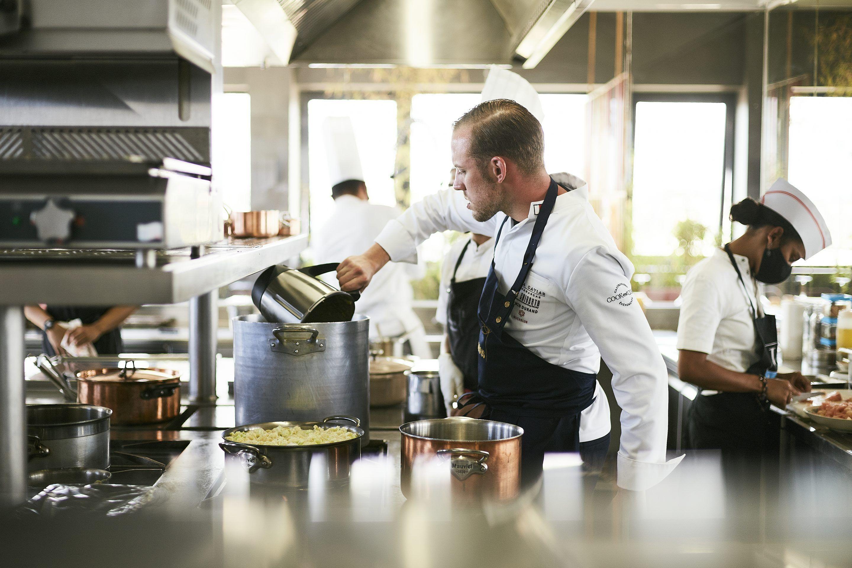 Dîner 6 mains Marais Restaurant Rova Caviar